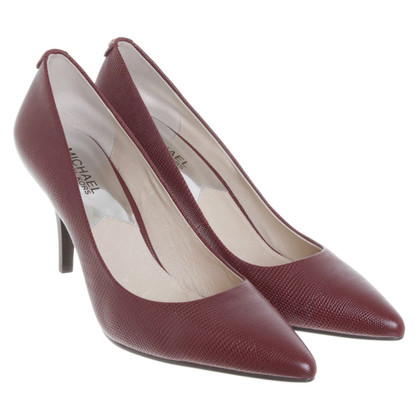 Michael Kors pumps in Bordeaux