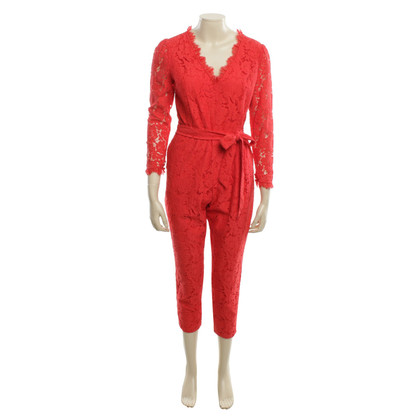 Temperley London Kant jumpsuit in het rood