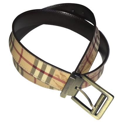 Burberry Belt with nova check pattern