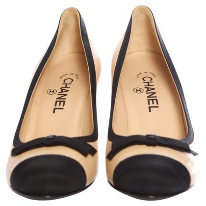 Chanel pumps met lus