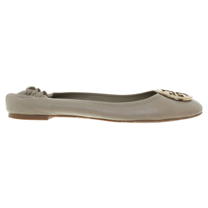 Tory Burch Ballerina's in Taupe