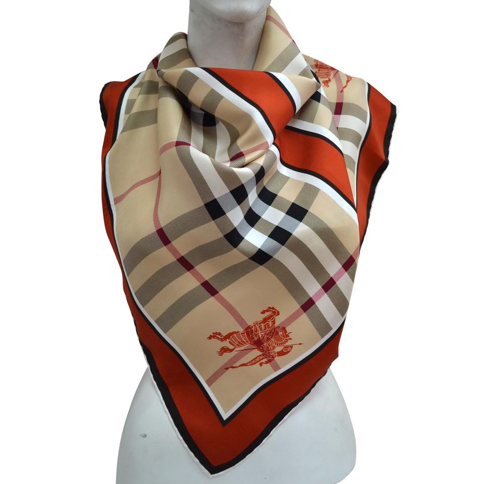 559999c6d24 Burberry Foulard en soie avec motif à carreaux - Acheter Burberry Foulard  en soie avec motif