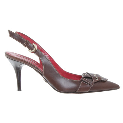 Cesare Paciotti pumps in Brown
