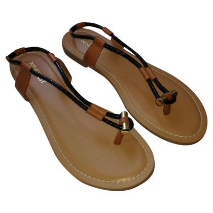 Nine West Flip Flops
