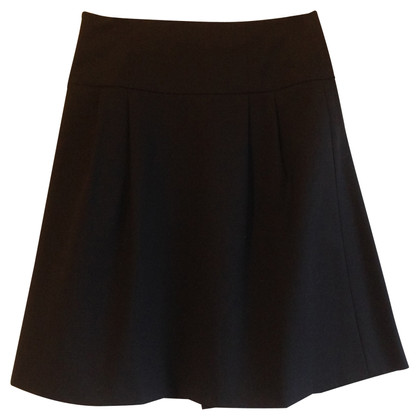 Theory skirt with pleats