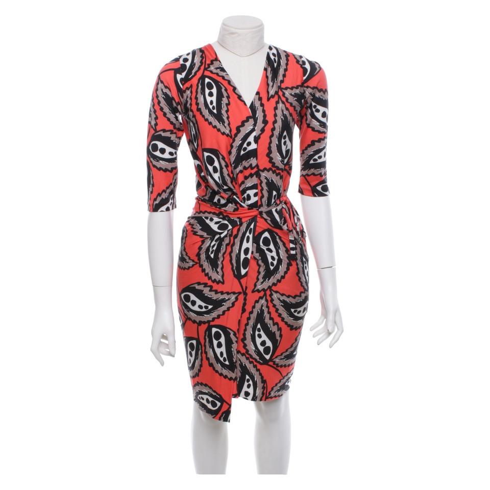 diane von furstenberg robe portefeuille en soie acheter diane von furstenberg robe. Black Bedroom Furniture Sets. Home Design Ideas