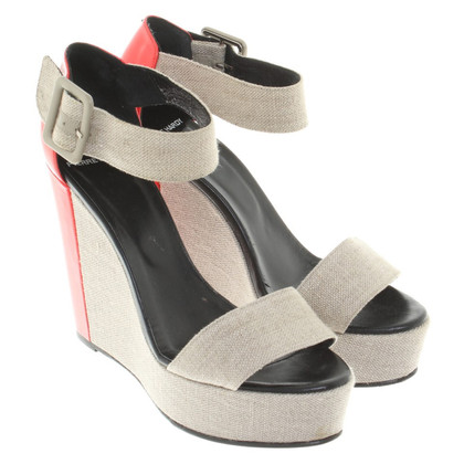 Pierre Hardy Wedges mit Lacklederdetail