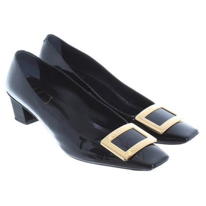 Roger Vivier Lacklederpumps in Schwarz
