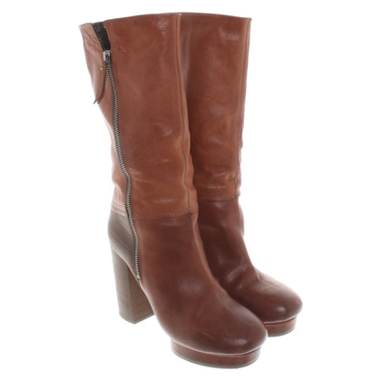 Vic Matie Boots in brown