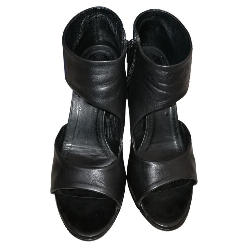 Die 43 besten Bilder von VIC MATIE by Shoez | Schuhe