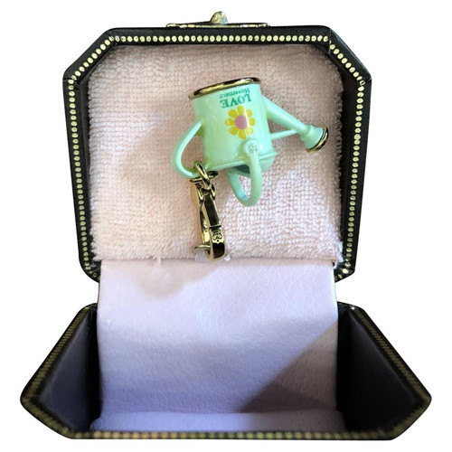 0c00c5d4b371 Juicy Couture Pendant in Green - Second Hand Juicy Couture Pendant ...