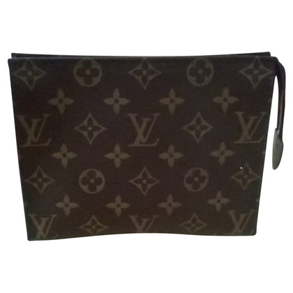 "Louis Vuitton ""Poche Toilette 19 Monogram Canvas"""