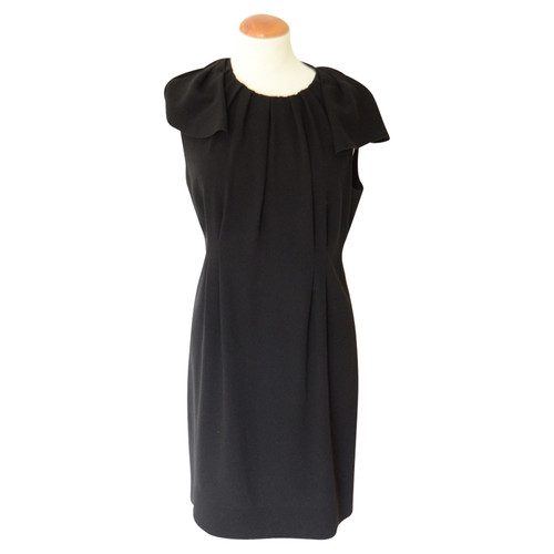 dff7007c7db Prada Evening dress with cape - Second Hand Prada Evening dress with ...