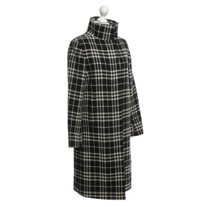 Burberry Coat with Nova check pattern