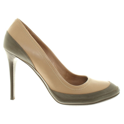 Burberry Pumps in Beige