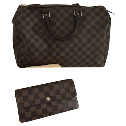 Louis Vuitton Louis Vuitton wallet damier
