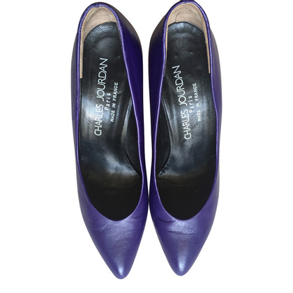 Jourdan pumps viola