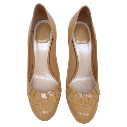 Christian Dior pumps with decorative seams