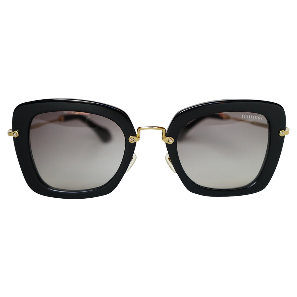 Miu miu occhiali da sole neri compra miu miu occhiali da for Occhiali neri da sole