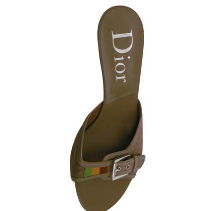 Christian Dior Sandalen in olijf