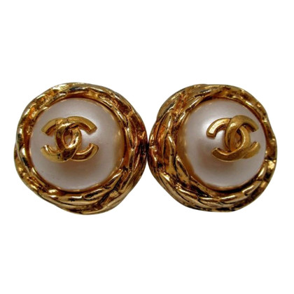 Chanel Logo oorclips