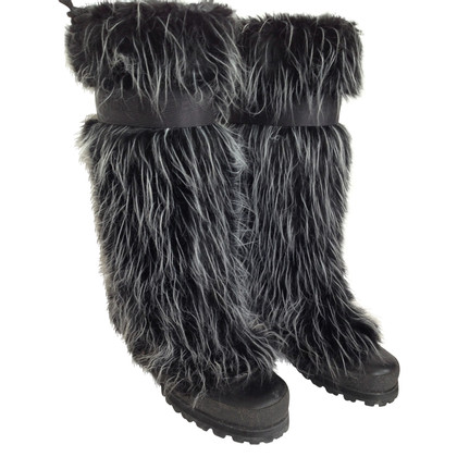 Chanel Boots mit Webpelzbesatz