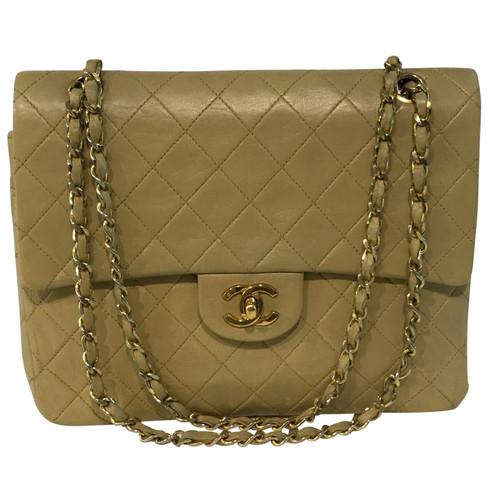 Chanel Classic Flap Bag - Second Hand Chanel Classic Flap Bag buy ... 2c615b177b604