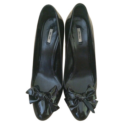 Miu Miu pumps in zwart