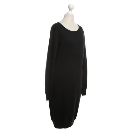 Moschino Feinstrick-Kleid in Schwarz