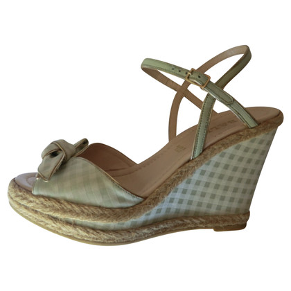 Bally Wedges