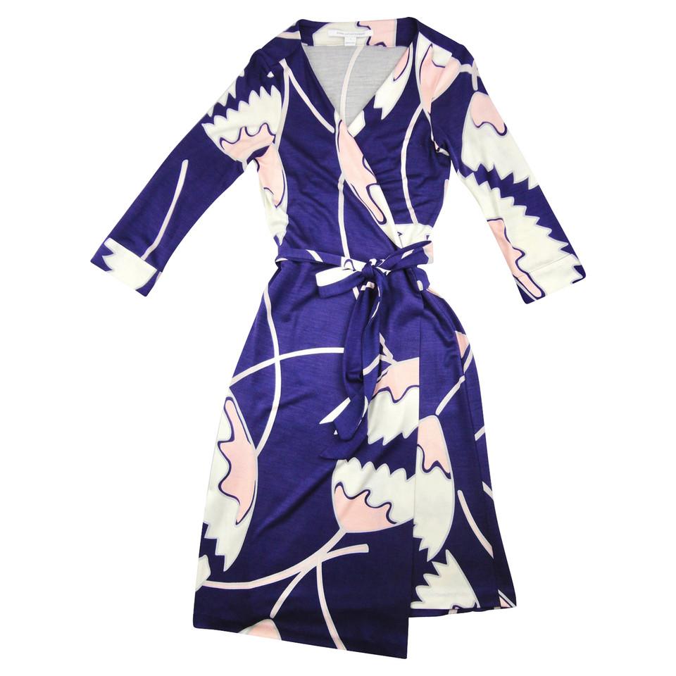 diane von furstenberg robe enveloppante acheter diane von furstenberg robe enveloppante second. Black Bedroom Furniture Sets. Home Design Ideas