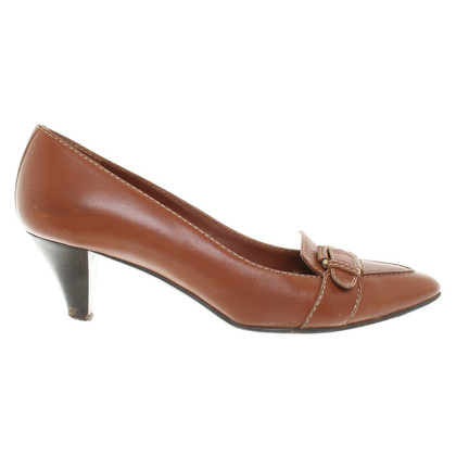 Bally Top leather pumps in Brown