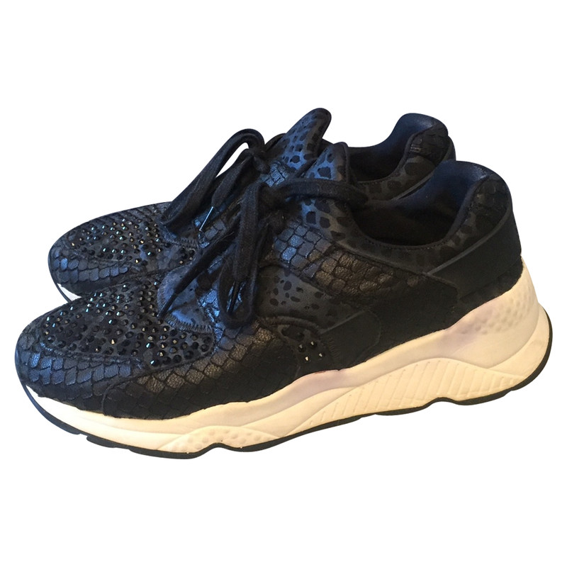 Ash Trainers in Black - Second Hand Ash