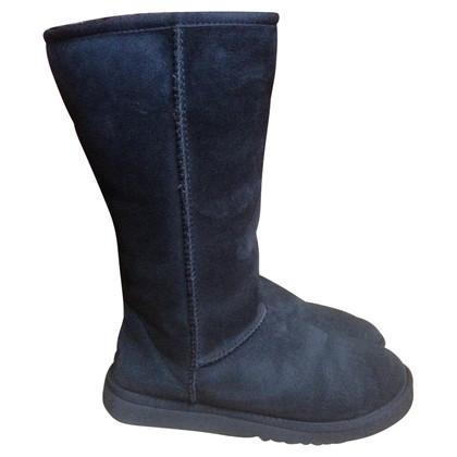 UGG Australia Boots with lambskin