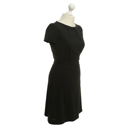 Hugo Boss Classic dress in black