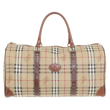 Burberry Travel bag pattern