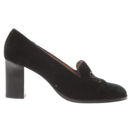Ralph Lauren pumps in black