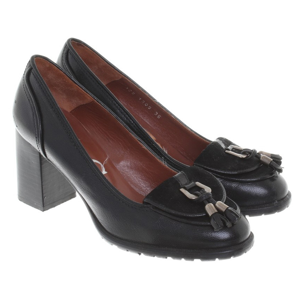 Paco Gil pumps in black