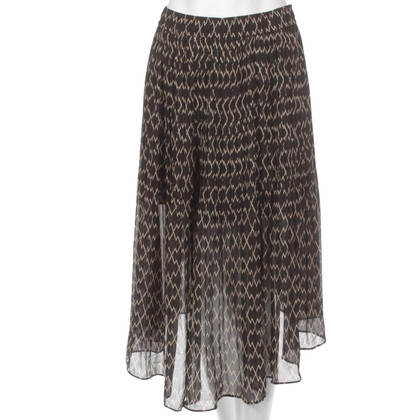 Club Monaco skirt with pattern