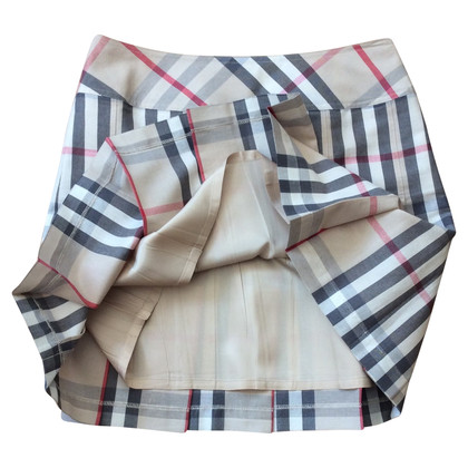 Burberry Pleated skirt with nova check pattern