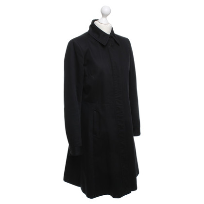 Filippa K Trenchcoat in Schwarz