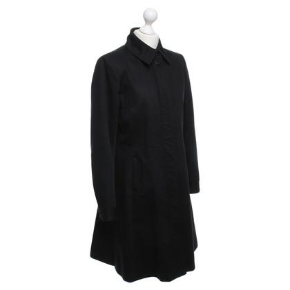 Filippa K Trenchcoat in zwart