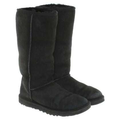 UGG Australia Boots in black