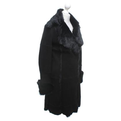 Other Designer Fur coat in black