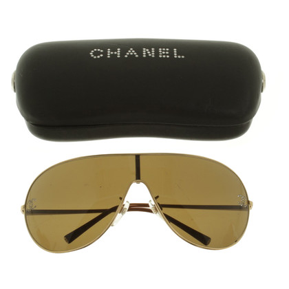 Chanel Zonnebril in Gold