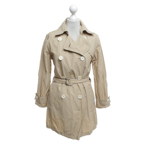 sale retailer 09c50 5f40a Moncler Mantel in Beige - Second Hand Moncler Mantel in ...
