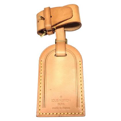 Louis Vuitton Adres label