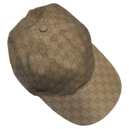 Gucci Cap with logo