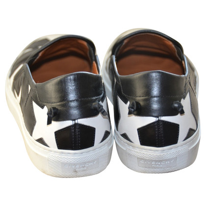 Givenchy Slipper mit Sternenmuster