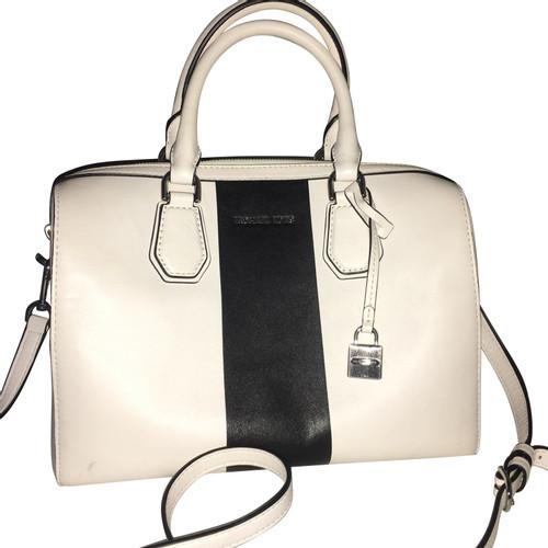 933fc8c838aa Michael Kors Shoulder bag Leather - Second Hand Michael Kors ...